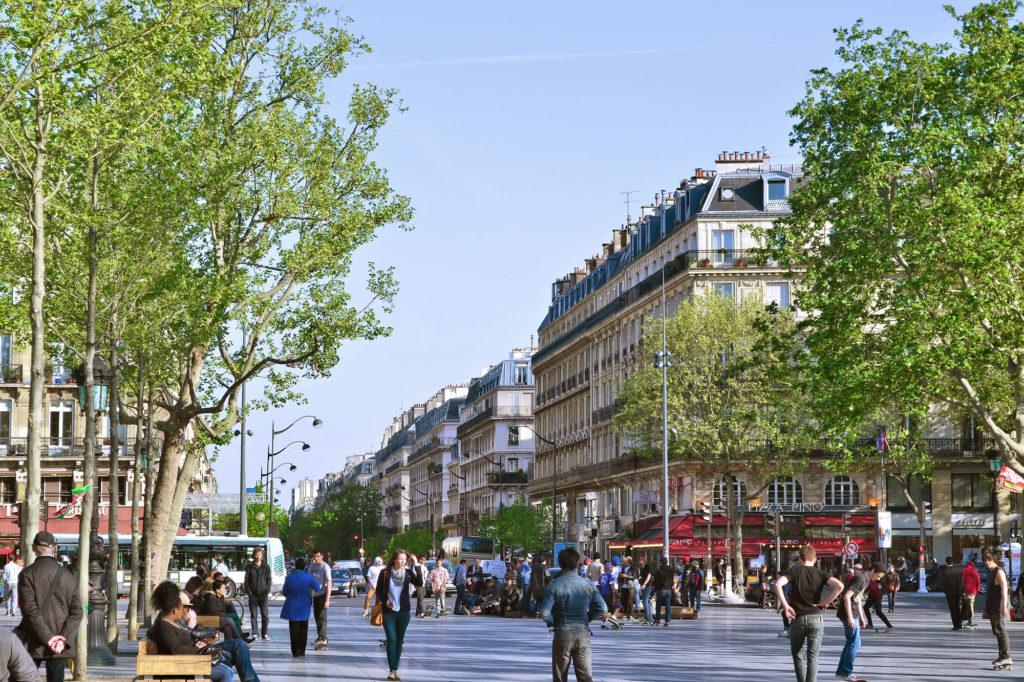 Boulevard_Voltaire,_Paris_15_Avril_2014-LowRes