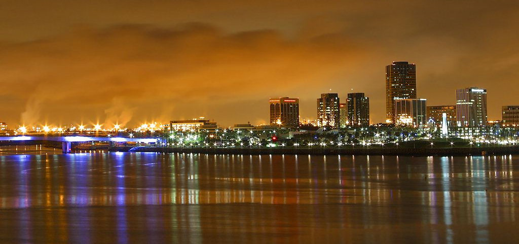 Long_Beach,_CA_at_night (1)